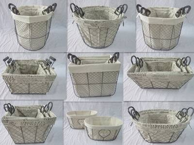 There are nine types of chicken wire mesh made basket with white cloth or paper wrapped inside the basket.